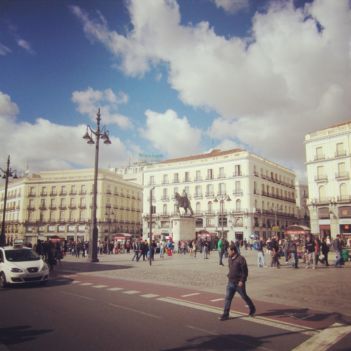 Madrid in 4 hours boarding pass for Puerta del sol numero 4