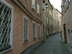 Salzburg's Steingasse: A Street with aView